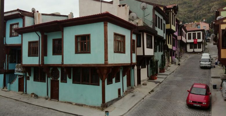 Afyonkarahisar'da 126 tarihi konak restore edildi