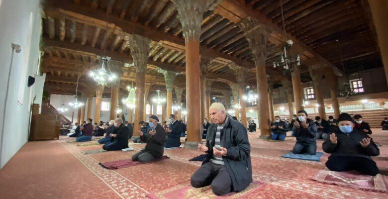 7 asırlık cami yıllardır dimdik ayakta