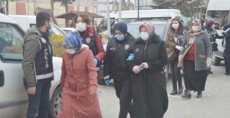 FETÖ'nün 'emniyet Ablalarına operasyon: 7 gözaltı