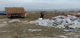 Kütahya Belediyesi'nden kaçak moloz ve hafriyat atığı temizliği