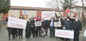 Örgüt üyeleri hâkim karşısında mağdurlar adliye önünde