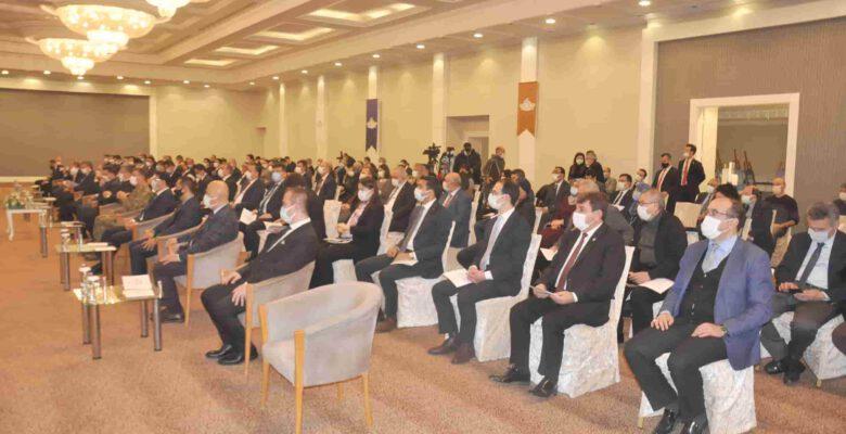 """""""Türk Milleti evladıyla, eşiyle, kardeşiyle, komşusuyla bir bütündür"""""""
