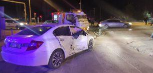 Kazada alev alan otomobilde 1 kişi yaralandı