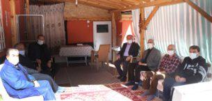 Başkan Sarı Şehit Süleyman Şahin'in ailesini ziyaret etti
