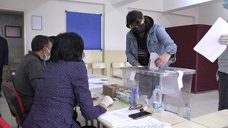 Karakoyun, 64 oy farkıyla zafere ulaştı