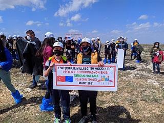 Suriyeli çocuklardan yeşil vatana katkı