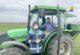 """Aslanapa'da """"Tekfen 2064"""" yeni çeşit buğday gübreleme çalışmaları"""