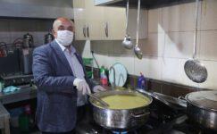 Ramazan ayı boyunca 65 aileye günlük iftar yemeği dağıttı