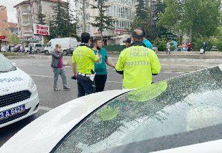 Otomobilin çarptığı küçük çocuk kurtarılamadı