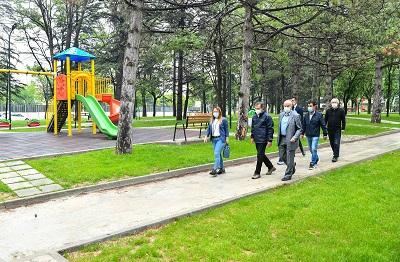 Başkan Ataç parkları yerinde inceledi