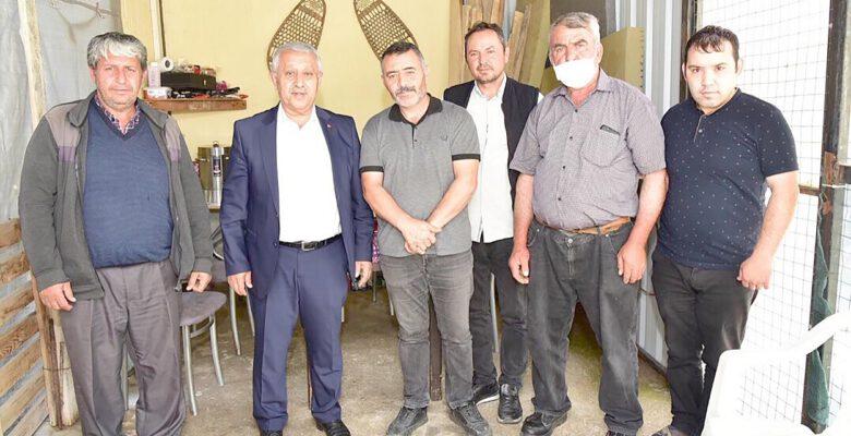 Kahraman Gazinin ailesine Başkan Zeybek'ten ziyaret