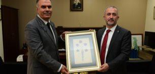 Sakarya Üniversitesi Rektörü Prof. Dr. Savaşan'dan AKÜ' ye ziyaret