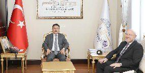 Vali Çiçek, Cumhurbaşkanı Başdanışmanı'na kentte yürütülen çalışmaları aktardı