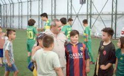 Başkan Şahin, Futbol Okulunu Ziyaret Etti