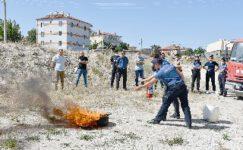 İscehisar İtfaiyesinden, Emniyet Personeline Yangına Müdahale Eğitimi