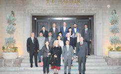 Büyükelçiler Vali Çiçek'i ziyaret etti