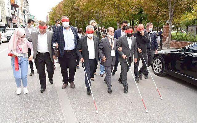 'Afyonkarahisar, görme  engelli dostu bir il olacak'