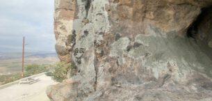 Mağara duvarındaki resimleri sıvayla kapatmak istediler